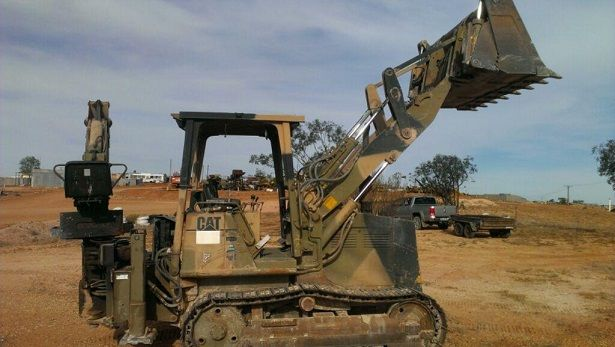 933 Track Loader Earth-Moving Equipment for sale SA