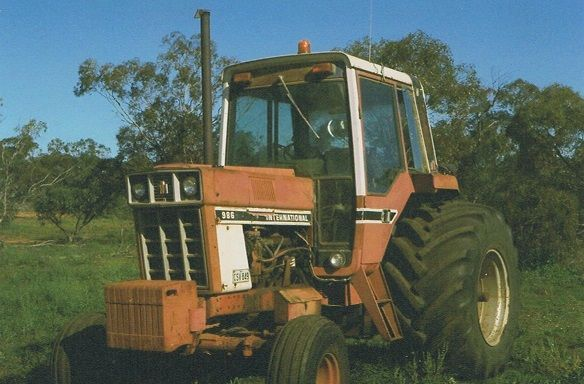 International 986 Tractor for sale SA Wakerie