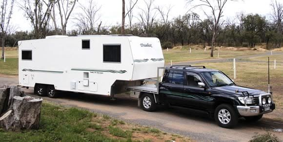 2010 Truelux Fifth Wheeler Caravan for sale Vic