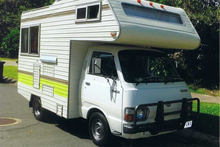 Motorhome for sale QLD Winnebago Toyota Hiace Motorhome