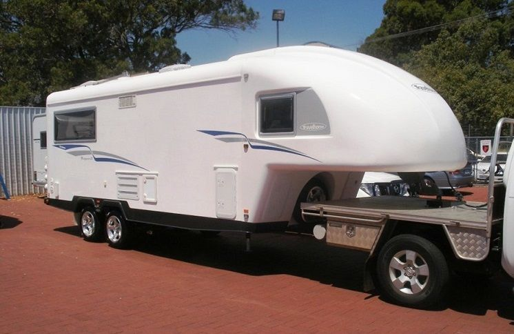 2009 Fifth Wheeler 25ft Travelhome Caravan for sale WA