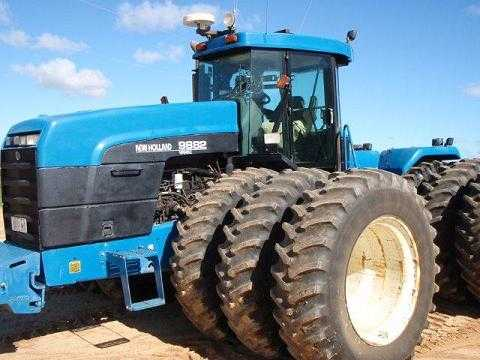 Farm Machinery for sale WA Gason Box, JD Hoe Drill Bar NH 9882 Tractor