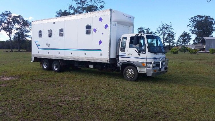 1999 Hino Ranger 6 Horse Truck Horse Transport for sale QLD