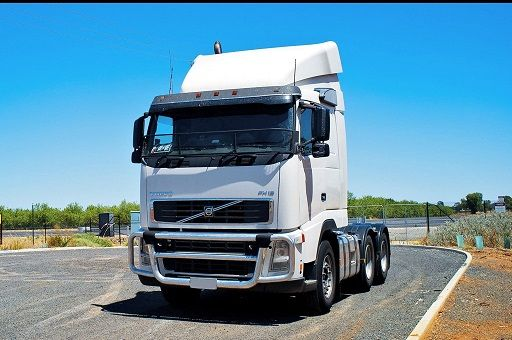 2006 Volvo FH16 610 Prime Mover Truck for sale SA