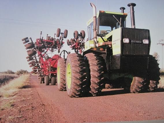 Steiger Panther CM 325 Series 4 Tractor for sale QLD