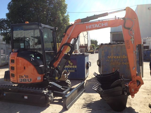 Hitachi U38 Excavator for sale QLD Gold Coast