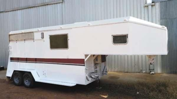1994 Tavare 2 Horse Goose-neck Horse Float for sale NSW